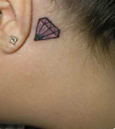Diamond tattoo and piercing