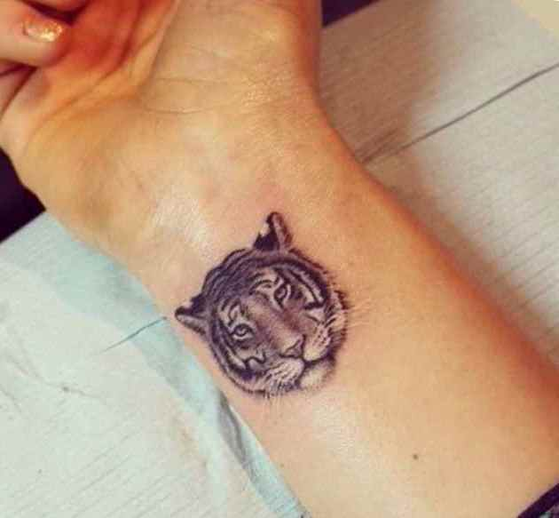41dc6da55ff0 Wrist Tattoo Ideas | Tattoo Designs Ideas for man and woman