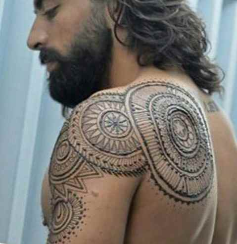Henna tattoo with meaning