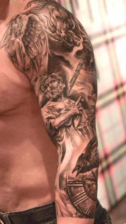 Sleeve tattoo artist