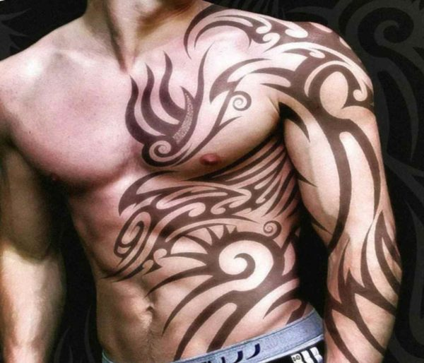 Tattoo henna from a powerful guy